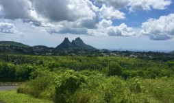 Large Plot of Land with view , La Vanille, Floreal