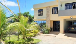 Modern House for Sale, Maison Blanche, Pamplemousses